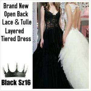 Dresses & Skirts - Layered Tulle Lace Gown